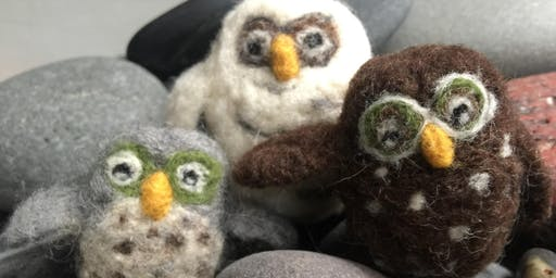 Needle felting: Owls