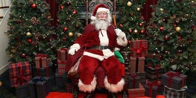 CHRISTMAS MINI SESSIONS WITH SANTA