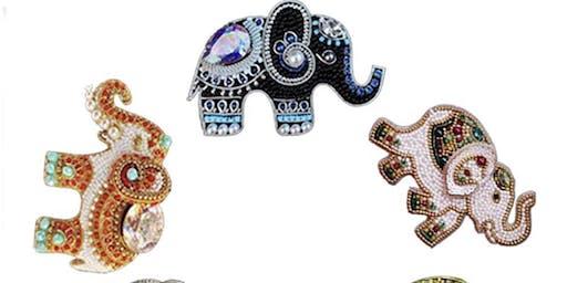 Pour & Paint Diamond Painting Elephant Keychain