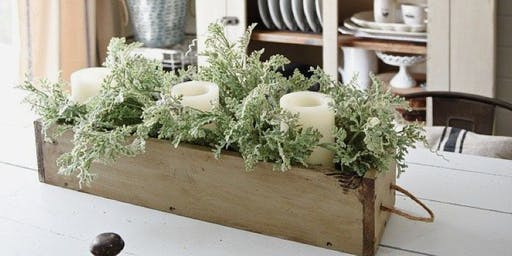 Rustic centerpiece workshop