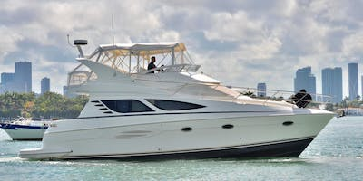 YACHT RENTAL IN MIAMI. Captain & mate included!