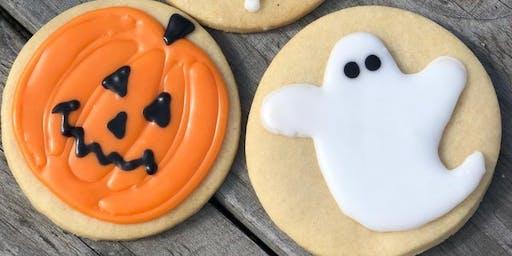 Spooky Biscuit Decorating