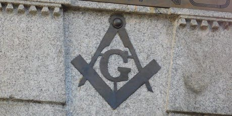 Masones en el cementerio de la Recoleta entradas