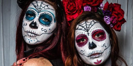 Glow Boston Halloween | Día De Los Muertos