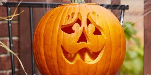 Concours de sculpture de Citrouille / Pumpkin Carving contest