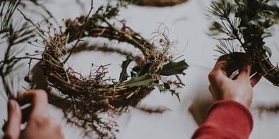 Make your own Christmas Eco-Wreath