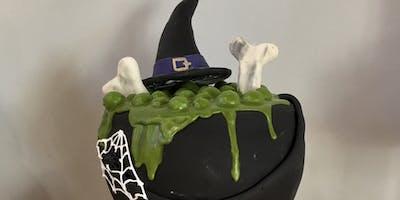 ***** Halloween Cake decorating class