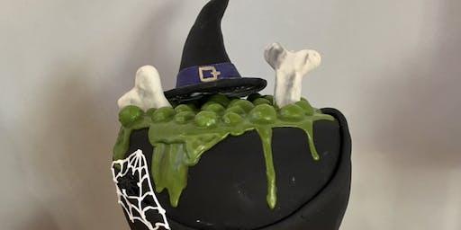 Adult Halloween Cake decorating class