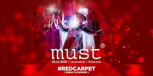 MUST [red carpet] in de Laurenskerk