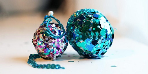 (SOLD OUT) Christmas Baubles