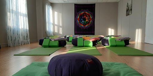 EN-LIGHT-EN  Weekly Yoga,  Sunday Gentle Flow