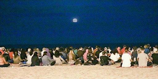 Meditacion de la luna llena en el Parque @goldenagemiami