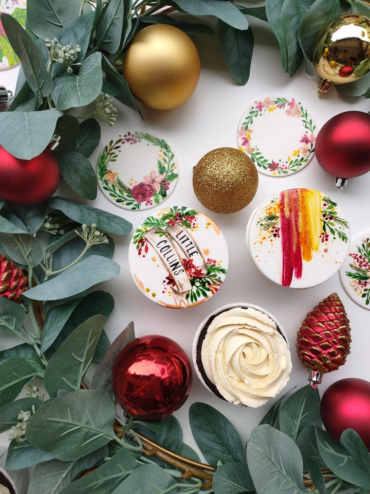 Christmas Toppers For Cupcakes.Painted Christmas Cupcakes