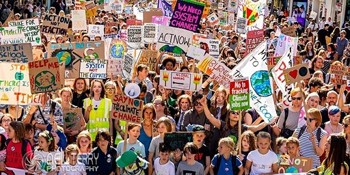 Caught in the Middle: Climate change, education and Youthstrike4climate