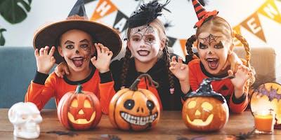 Halloween Costume Contest Pinstripes Northbrook