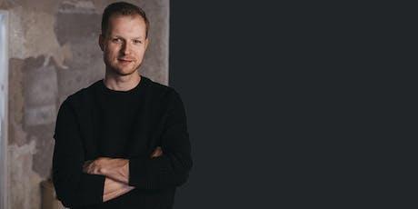 Marcell Heinrich: Aufwachsen im 21. Jahrhundert Tickets