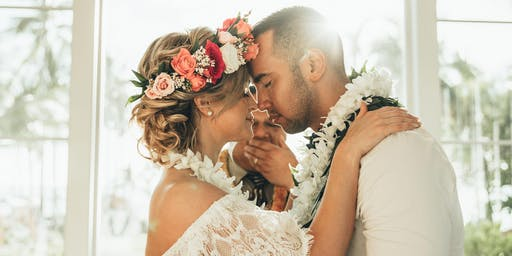 Authentic Hawaiian Wedding Ceremony at  Moana Chapel