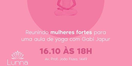 Ashtanga Yoga no Lunna Beauty&SPA - Outubro Rosa