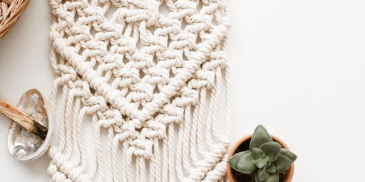 Macramé Workshop - Create a Table Runner!