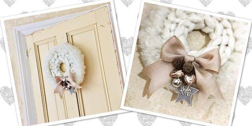 Chunky Yarn Knit Christmas Wreath Workshop