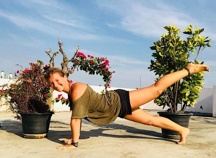 Pilates Flow  - 60 Minuten Live Workout mit Kay: Bild