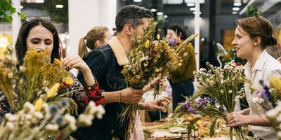 Festive Floral Posy Workshop with Grace & Thorn