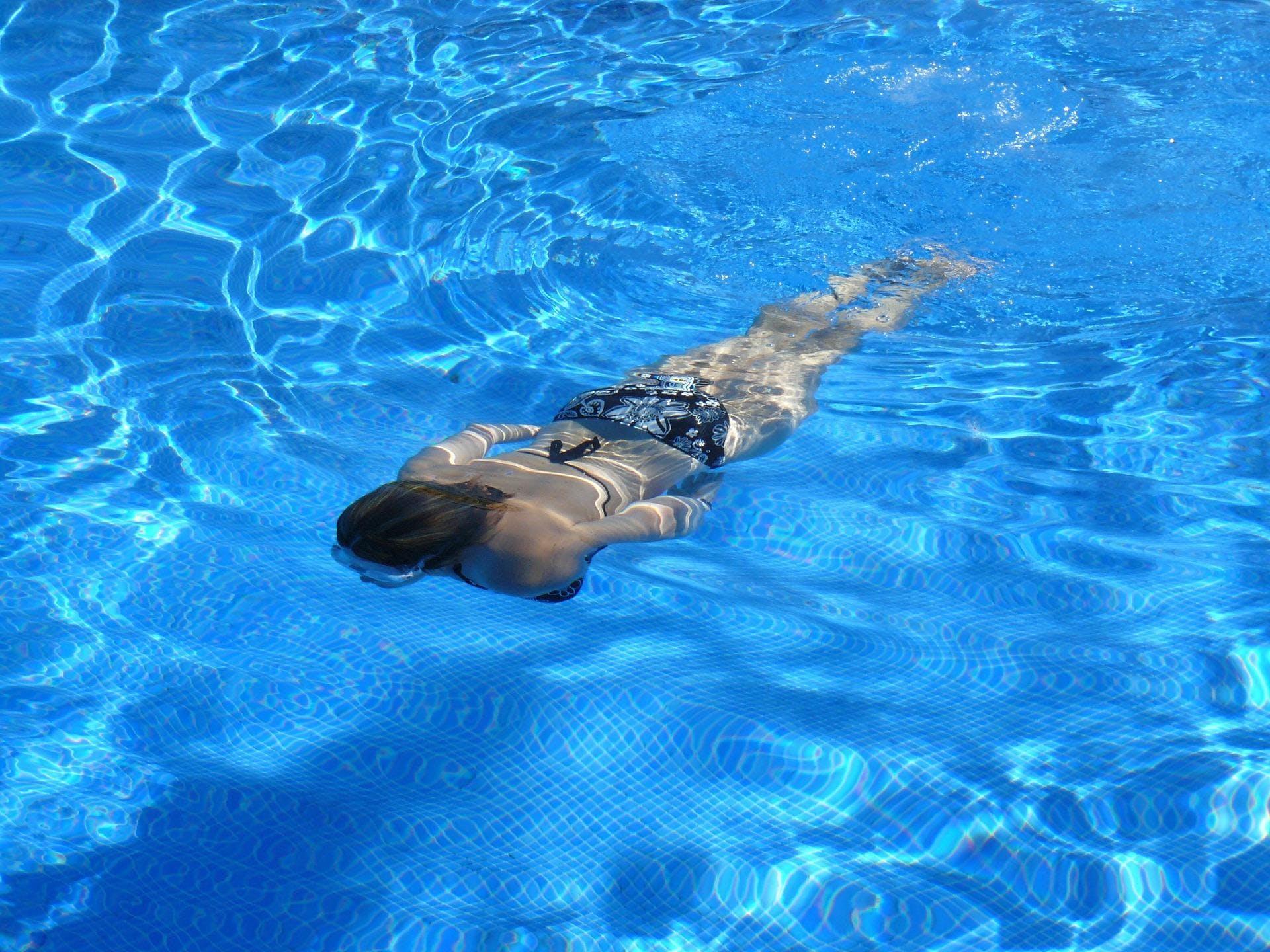 Renforcement en piscine, cardio, natation + accès au spa - 15€