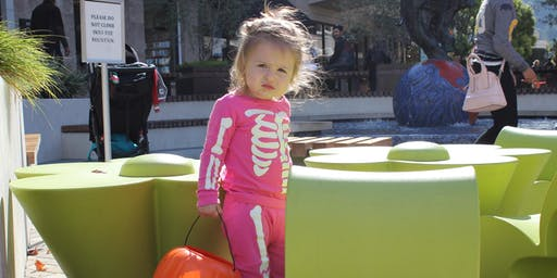 Town Center Corte Madera To Host Trick-Or-Treating For Families and Four-Le