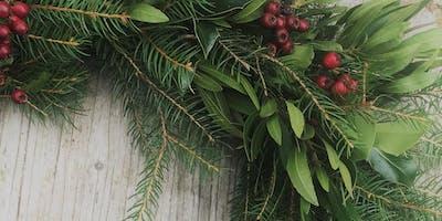 Festive Wreaths/ Torchau Nadoligaidd gyda Emma Powell / with Emma Powell
