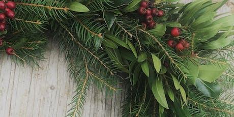 Festive Wreaths/ Torchau Nadoligaidd gyda Emma Powell / with Emma Powell tickets