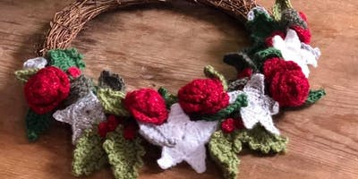 Crochet a Christmas Wreath!
