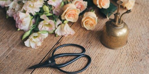 Christmas Vase of Flowers Workshop