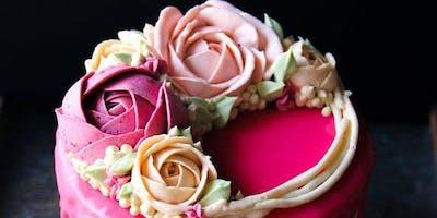 Buttercream Floral Drip Cake Class