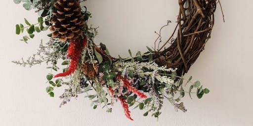Make + Sip Floral Wreath Workshop