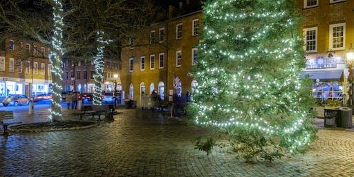 Hunt's Photo Walk: Holiday Lights in Newburyport at Night