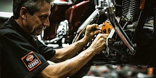 Harley-Davidson Schrauberkurs: Motorradtechnik & Frühlingsvorbereitung