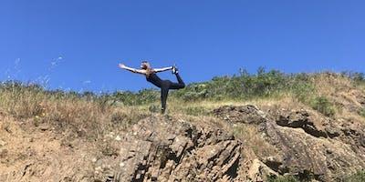 Hatha yoga  i Peak Performance med Rebecca Rovsing