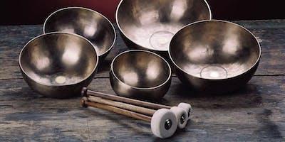 Ruutikellarin rituaalit| Ruutikellari Rituals: Peter Hess® Sointukylpy