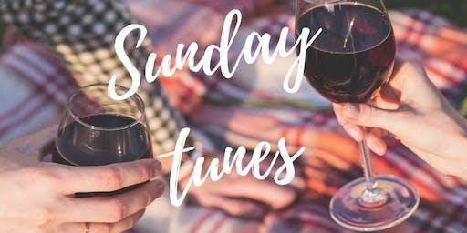 Sunday Tunes Feat. Deane Kern