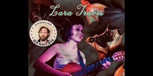 Lara Travis