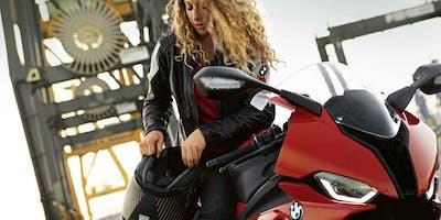 BMW Motorrad Schrauberkurs FÜR FRAUEN: Selbsthilfe unterwegs & Technik