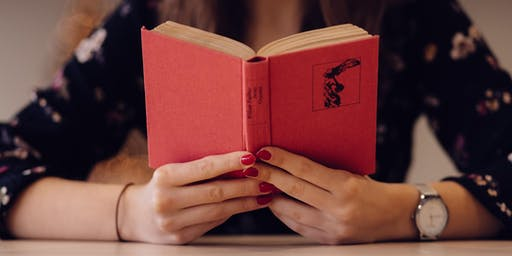 Fräulein Floras Lesezimmer in der Buchhaltung Stierle