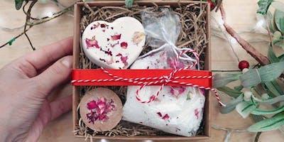 Valentine's Class - Cleopatra Rose Milk Soak and Bath Bomb Set