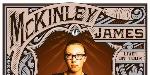 McKinley James | Cocodrilo Negro Bar | Ponferrada