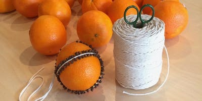 Viens décorer une orange!