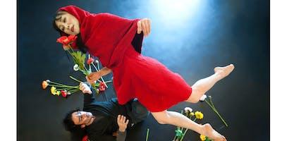 """""""Cappuccetto Rosso"""" (danza moderna) - Spettacolo Mattina"""