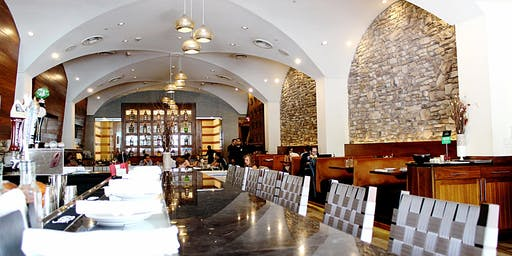 Network Under 40:Baltimore Dine With 9 at Lebanese Taverna