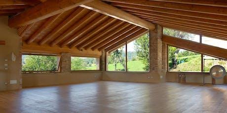 Meditazione Vipassana - ritiro di 10 giorni in Val Trebbia (PC) biglietti