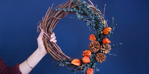 A-Door-able: Holiday Wreath Making - South Coast Plaza