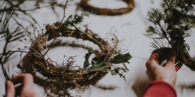 Wreath Decorating Workshop at Tunsgate Quarter